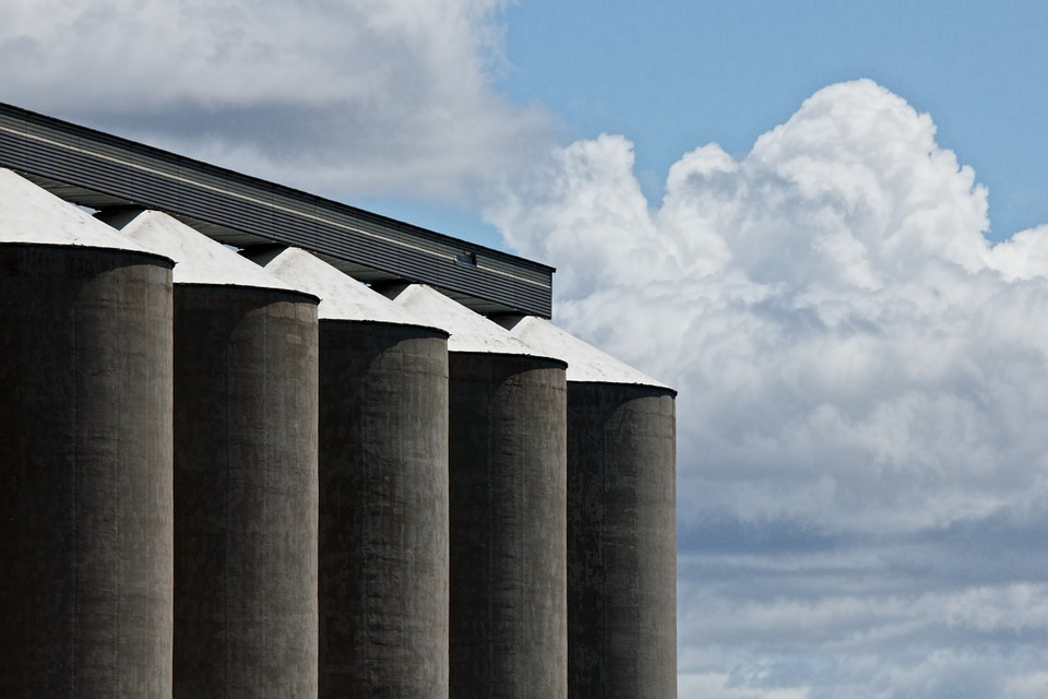 Helpful Resources to Prevent Grain Bin and Silo Accidents